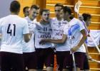 """Foto: Latvijas izlase pieveic igauņus, """"hat-trick"""" Kovaļevskim"""