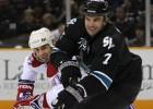 """""""Sharks"""" pagarina līgumus ar trim hokejistiem"""