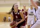 Hudjakova un Pāvelsone izceļas U18 meiteņu uzvarā pār Lietuvu