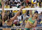 Brazīlijas pludmales volejbolistes iekļūst ceturtdaļfinālā, krievietes pārsteidz