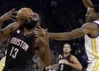 """""""Clippers"""" pieveic Klīvlendu, """"Rockets"""" 2.pagarinājumā pārtrauc """"Warriors"""" sēriju"""