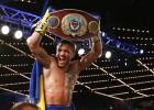 Ukraiņu bokseris Lomačenko nosargā WBO pasaules čempiona jostu