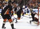 """Otro kārtu ar izbraukuma uzvarām sāk """"Predators"""" un """"Oilers"""""""
