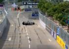 """Video: Bijušais F1 pilots neparastā veidā uzvar """"Formula E"""" kvalifikācijā"""