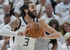 """Jūtas komanda sakauj """"Thunder"""" zvaigznes, """"Rockets"""" iemet 50 punktus ceturtdaļā"""