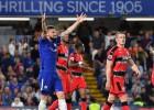 """""""Chelsea"""" sabojā savas izredzes uz ČL, """"Arsenal"""" zaudē Lesterai"""
