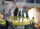 DK lēmumi: par fanu pirotehnikas lietošanu klubiem soda naudās 1100 eiro