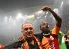 """""""Basaksehir"""" sabrūk sezonas izskaņā, """"Galatasaray"""" zelta spēlē izcīna Turcijas titulu"""