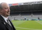 "Benitess atstās ""Newcastle United"" galvenā trenera amatu"