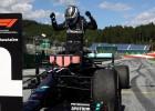 F1 sezonas ievadā uzvar Botass, Hamiltons soda dēļ paliek ceturtais