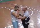 Video: Spēlētājs salauž tiesnesim degunu un tiek diskvalificēts uz mūžu