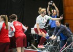 Foto: Latvietes uzvar Norvēģiju un iekļūst pasaules labāko astotniekā