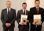 Brāļi Dukuri saņem pateicības rakstus par Eiropas čempionāta medaļām