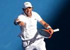 Šardī pārsteidz Del Potro, Federers izskolo Tomiku