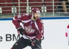 """Video: """"Dinamieši"""" Gilīss un Salāks iekļūst KHL sezonas labākajos atvairījumos"""