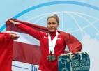 Video: Koha izcīna zeltu un tiek apbalvota pasaules junioru čempionātā