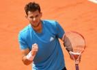 """Tīms piecu setu mačā pārtrauc Džokoviča 26 """"Grand Slam"""" uzvaru sēriju"""