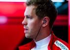 """Eklstouns: """"Domāju, ka Fetels neturpinās startēt F1"""""""