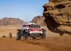 Sainss pārņem vadību Dakaras rallijā, El Kasimi iznīcina mašīnu