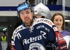 Roberts Bukarts pēc piecām sezonām Čehijā atgriežas KHL