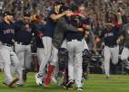 MLB gatavojas sezonu sākt maijā, pulcējoties Arizonas stadionos