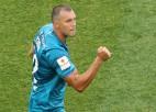 """Krievijas čempions """"Zenit"""" izskaņā uzvar zemākas līgas klubu un izcīna arī kausu"""