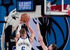 Video: Porziņģis debitē NBA izslēgšanas mačā un tiek izraidīts
