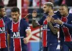 """Ikardi un Mbapē nokārto PSG trešo uzvaru pēc kārtas, """"Monaco"""" iztur deviņu vīru sastāvā"""