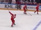 Video: Tālmetienu speciālists Kuteikins no savas zonas pārspēj CSKA vārtsargu