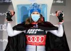 """Vlhova Zagrebā tiek kronēta par """"sniega karalieni"""" otro gadu pēc kārtas"""