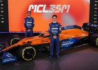 """""""McLaren"""" pirmā no F1 komandām prezentē jauno mašīnu"""