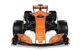 Foto: ''Ferrari'' un ''McLaren'' atrāda jaunos F1 modeļus