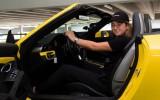 """Video: Ostapenko """"Porsche"""" izaicinājumā demonstrē savas auto vadīšanas iemaņas"""