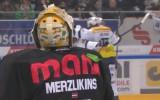 Video: Merzļikins iemet savos vārtos