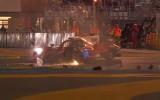 """Video: Lemānas trasē pilots pēc saslīdēšanas uztriecas """"Toyota"""" spēkratam"""