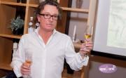 Pierre Ferrand degustācijas pasākumā Rīgā prezentē rumu ar ananasiem