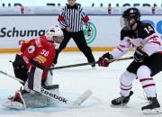 Kanādas U18 izlase pārspēj Šveici, zviedri grauj Vāciju