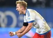 Dortmunde pamostas par vēlu un piedzīvo zaudējumu Hamburgā