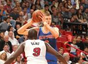 """Porziņģis un """"Knicks"""" šonakt pret """"Heat"""" vareno aizsardzību"""