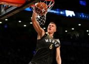 Porziņģis samet 30 punktus NBA jauno talantu izrādē