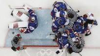 Vankūveras hokeja turnīrs vīriem. 2. diena