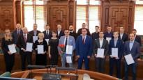 Saeimā sumina Latvijas vīriešu florbola izlasi