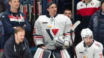 """""""Slovan"""" KHL spēlē kā rezerves vārtsargu piesaka ASV uzbrucēju"""