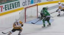 Bļugers asistē NHL nedēļas labākajā vārtu guvumā