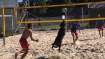 Suns palīdz pieveikt Eiropas čempionu pludmales volejbolā