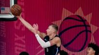 Porziņģim dzimšanas dienā divi momenti NBA <i>topā</i>