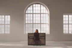 """Video: Dziedātāja Baiba Dēķena izdod jaunu videoklipu dziesmai """"You Don't Know Me"""""""