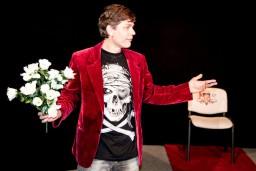Dramaturgu teātra izrāde Skujenē