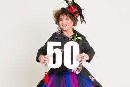 Baibai Sipeniecei-Gavarei – 50! Šovakar notiek viņas pirmās stāvizrādes pirmizrāde