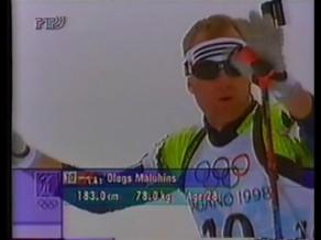 Video: Biatlona Zelta mirkļi: Nākums un Maļuhins Olimpiskajā sešiniekā